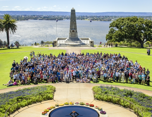 11th Battalion Descendants at the Flame of Remembrance Kings Park, 10 Jan 2015