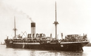 HMAT A11 Ascanius departing Fremantle 31 October 1914 - image per AWM H16157
