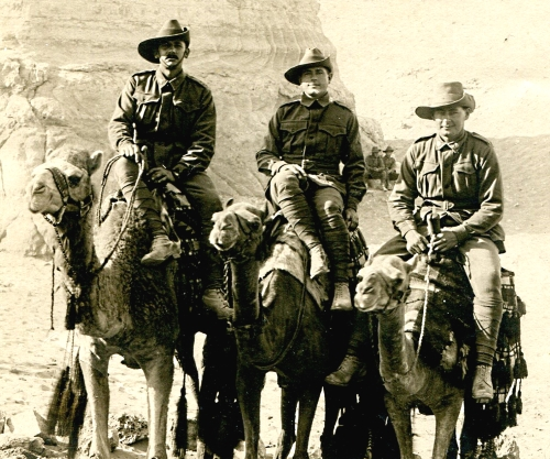 Pte's Lindsay, Medcalf and Clarke at the sphinx 1915